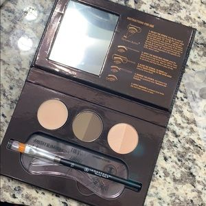Anastasia Beverly Hills Beauty Express Kit